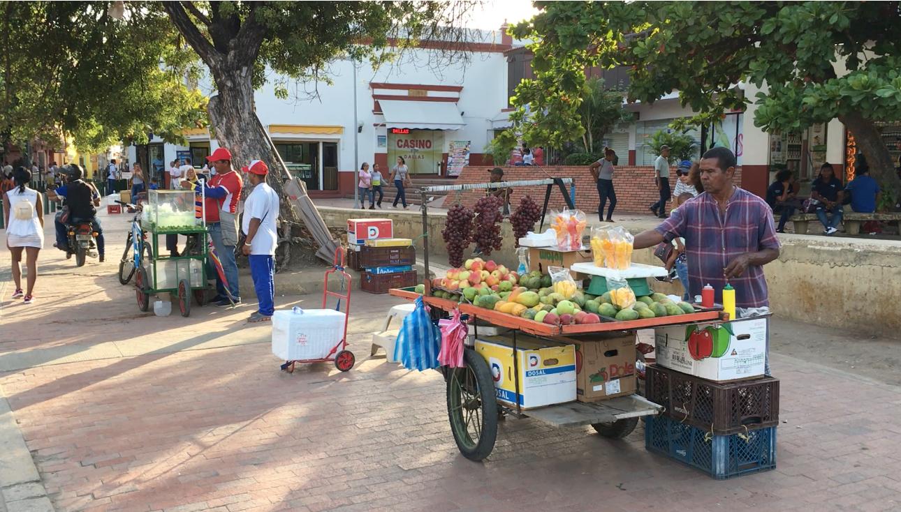 Viele Beschäftigte in Cartagena sind im informellen Arbeitsmarkt tätig.